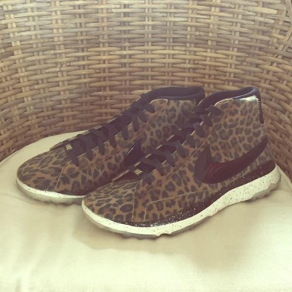 c05971a9ad260 Women s Nike Blazer golf shoe